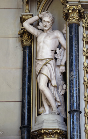 Saint Sebastian, statue on the altar of Saint Jerome in Zagreb cathedral dedicated to the Assumption of Mary Banque d'images