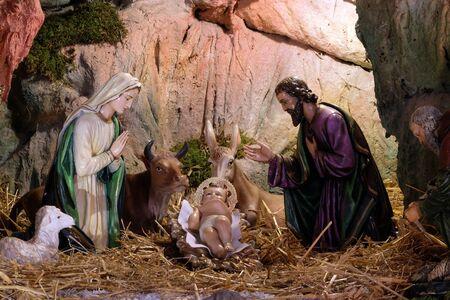 Crèche de Noël, crèche de Noël dans l'église Saint François d'Assise à Zagreb