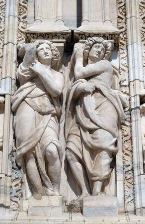 Caryatids on the main facade of the Milan Cathedral, Duomo di Santa Maria Nascente, Milan, Lombardy, Italy Stock fotó