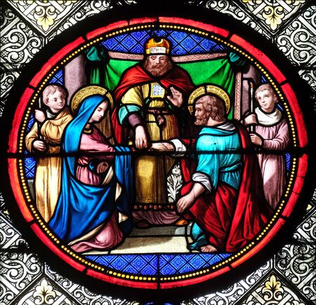 Marriage of St Joseph and Virgin Mary, stained glass window in the Basilica of Saint Clotilde in Paris, France Stockfoto
