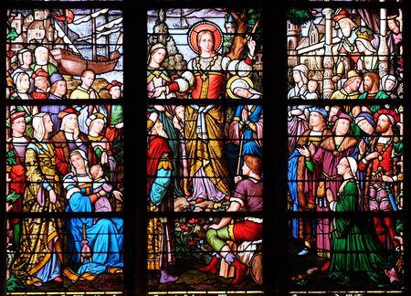 Apostolat der Hl. Maria Magdalena, Glasfenster in der Kirche Saint Severin in Paris, Frankreich Standard-Bild