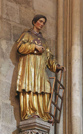 Saint Lawrence of Rome, statue in Zagreb cathedral