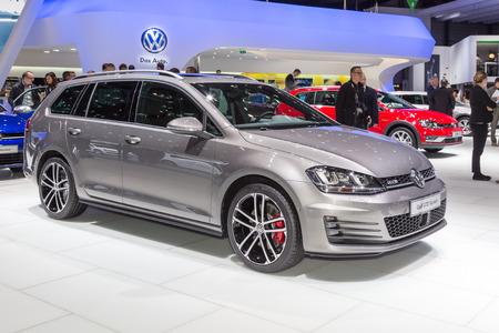 motor de carro: Geneva, Switzerland - March 4, 2015: 2015 Volkswagen Golf GTD Variant presented on the 85th International Geneva Motor Show Editorial