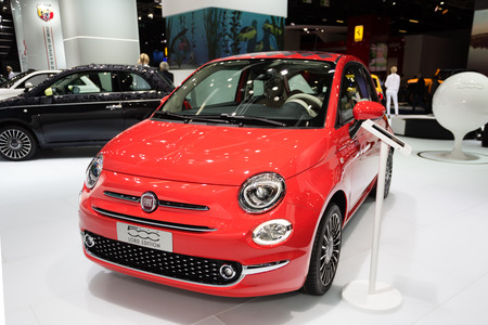 messe: Frankfurt, Deutschland - September 15, 2015: 2015 Fiat 500 is presented on the 66th International Motor Show in the Messe Frankfurt