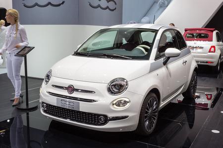 autoshow: Frankfurt, Deutschland - September 15, 2015: 2015 Fiat 500 is presented on the 66th International Motor Show in the Messe Frankfurt