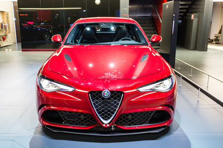 alfa: Frankfurt, Deutschland - September 15, 2015: 2016 Alfa Romeo Guilia presented on the 66th International Motor Show in the Messe Frankfurt