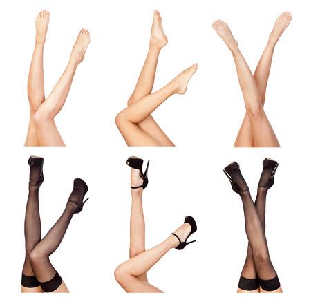modelo desnuda: Sexy piernas femeninas aisladas sobre fondo blanco