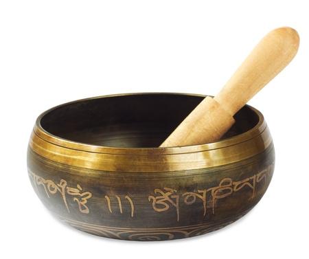 musicoterapia: Cantare ciotola tibetana su sfondo bianco Archivio Fotografico