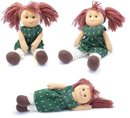 Puppe von Hand gefertigt. auf einem weißen Hintergrund