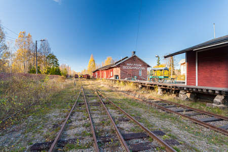 Porvoo, Finland, October 08, 2016: Railway in the cargo station in old town Porvoo. 스톡 콘텐츠 - 148371853