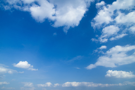 blue sky background with tiny clouds Stockfoto
