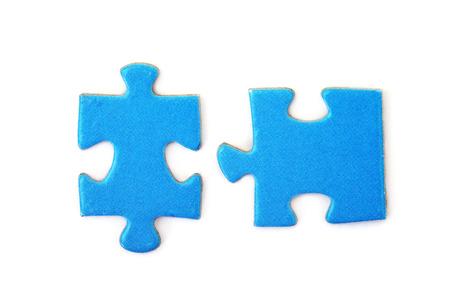 piezas de rompecabezas: rompecabezas aislado en blanco