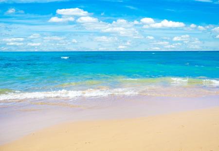 Cloudy sky and sea. Sea summer shot Foto de archivo