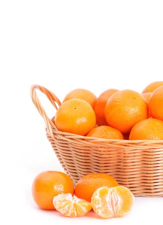 citrus reticulata: Mandarine on white