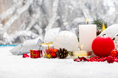 Christmas Decoration Over Wooden Background 版權商用圖片 - 68372343