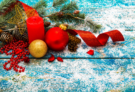 Christmas Decoration Over Wooden Background 版權商用圖片 - 68372369