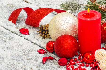 Christmas decoration hanging over wooden background 版權商用圖片