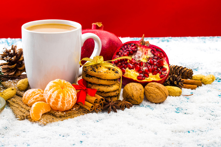 Christmas holiday background with coffee cup 版權商用圖片