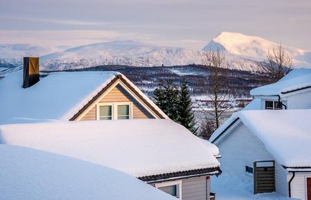 KvalÊya, Tromsø, 노르웨이에서 Tromsdalstiden의 전망