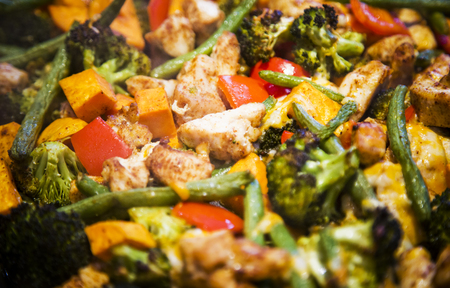 dairy free, gluten free, anti-inflammatory pan with chicken and vegetables, healthy light lunch with goat marble cheese