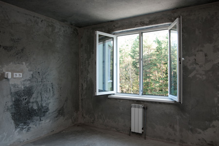 remount: opened window in a new apartment without repair