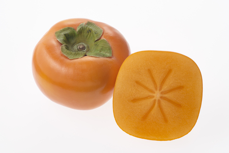 light transmission: No seeds persimmons cut