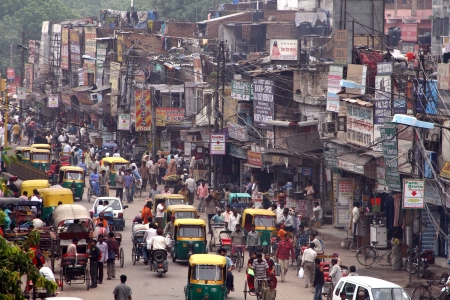 hiway: New Delhi   India - main street next to railway station