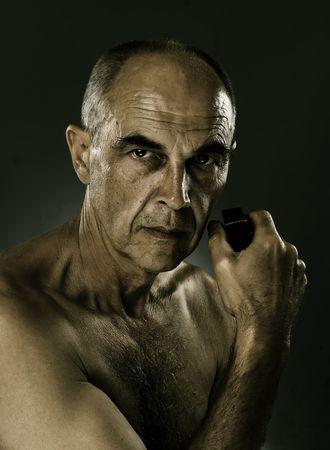 efectos especiales: Retrato de hombre con efectos especiales