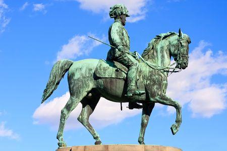 ungarn: Statue of archduke Albrecht of Austria near Albertina and Burggarten in Vienna, Austria