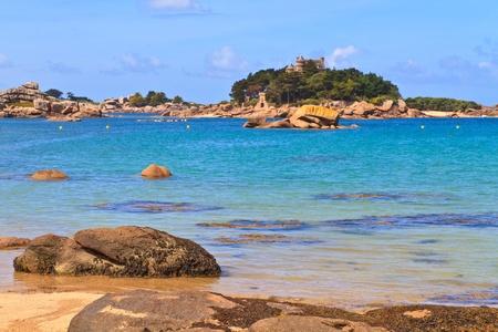 ploumanach: Cote de granite Rose, Brittany Coast near Ploumanach, France