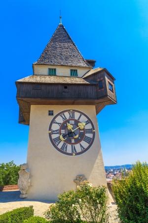 reloj de sol: Famosa Torre del Reloj (Uhrturm) en Graz, Estiria, Austria