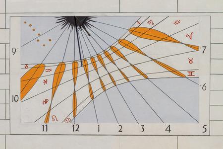 reloj de sol: Moderno Reloj Solar Reloj Solar