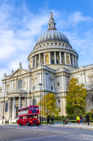saint pauls cathedral: St  Paul