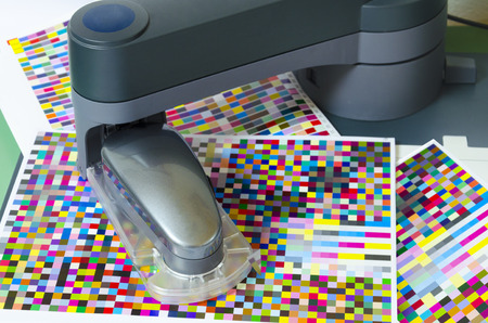 offset  icc profile, spectrophotometer robot measures color patches on Test Arch, Press shop prepress department