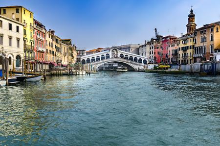Ponte di Rialto (meaning Rialto Bridge) over the Grand Canal Stock Photo