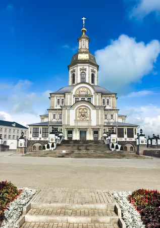 Annunciation Cathedral, Holy Trinity Seraphim-Diveevo convent village of Diveevo, Nizhny Novgorod region, Russia Фото со стока - 120428427