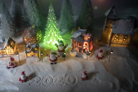Winter holidays concept. Christmas background with baubles, on snow, free space for text. Christmas decoration. Festive background. Empty space for text Stockfoto