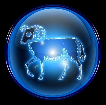 aries: Zodiac Aries bot�n de icono  Foto de archivo