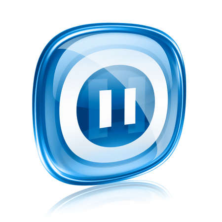 Pause-Symbol blaues Glas, isoliert auf weißem Hintergrund.