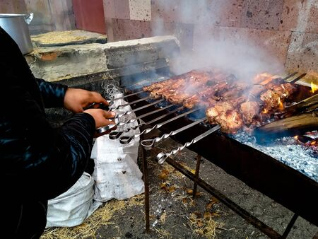 Barbecue day grill works all the time without interruption and fatigue Banque d'images