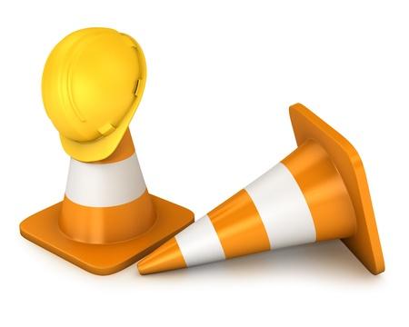 disco duro: Dos roadcones y casco amarillo aisladas sobre fondo blanco Foto de archivo