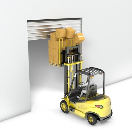 accidente laboral: Tenedor cami�n elevador con alta carga puerta hits, aislado sobre fondo blanco Foto de archivo