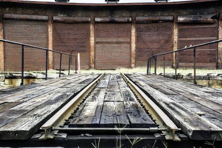 abandon: abandon railroad turntable and roundhouse