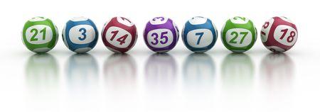 loteria: Representaci�n 3d de las bolas de la loter�a en una mesa de reflexi�n en blanco Foto de archivo