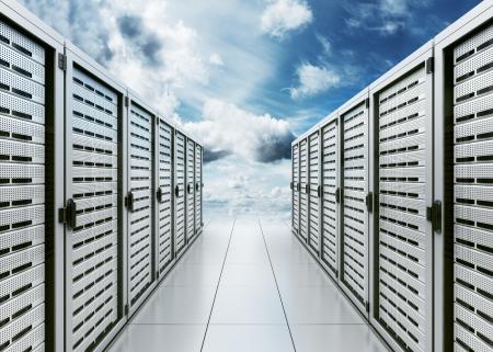 コンピューターでのサーバーの雲「クラウド コンピューティング」を象徴する 3 d レンダリング