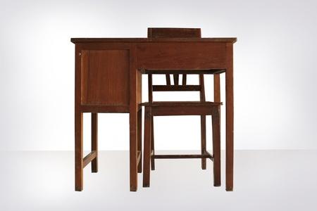 adn: escritorio silla adn en el fondo blanco Foto de archivo