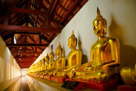 pus: Watnangpaya temple,, This s historic of thailand and centre point of Buddha