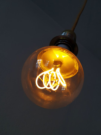 Light bulb illumination with electricity Banque d'images - 103861853