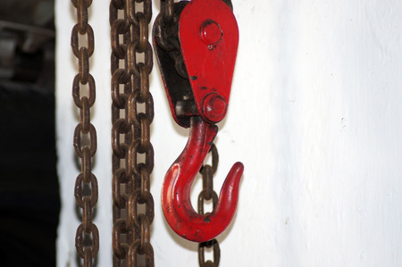 Cable, chain hoist for lifting and maneuvering Reklamní fotografie