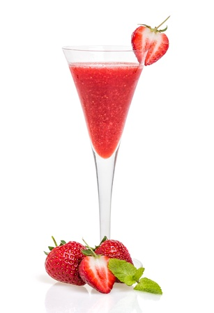 chilled: Strawberry cocktail in a champagne flute Stock Photo